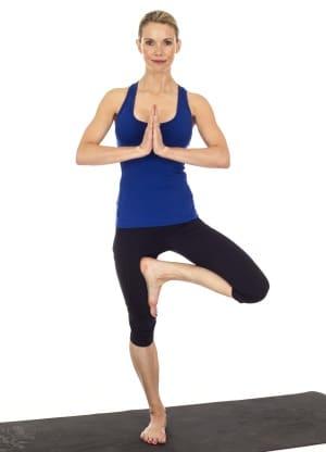La posture de l'arbre en yoga