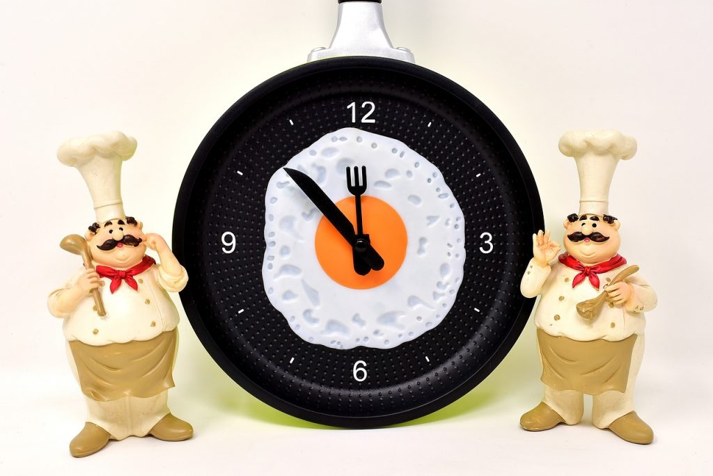 Horloge avec oeuf
