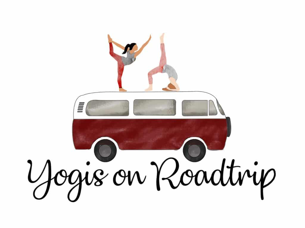 logo yogis on roadtrip